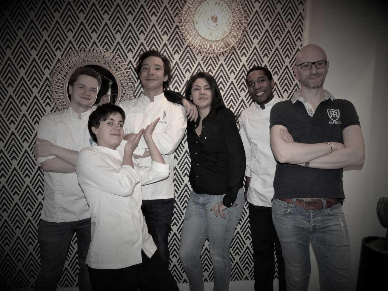 Equipe-Restaurant-Sens-Uniques-Paris